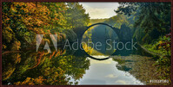 Poster emoldurado  Amazing place in Germany - Rakotzbrucke also known as Devils Bridge in Kromlau